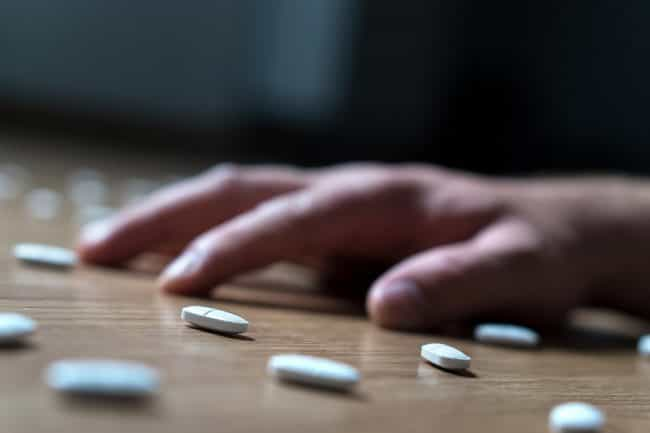 Vicodin withdrawal symptoms usually peak within the first 2–3 days